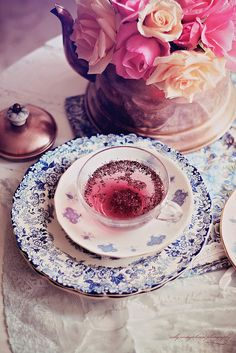 nelly vintage home: Morning tea