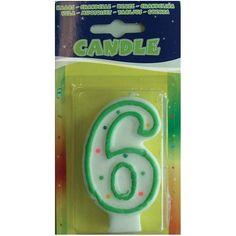 Verjaardags kaarsje 6 jaar. Gekleurd verjaardagskaarsje in de vorm van een 6. U krijgt een willekeurige kleur. Formaat: ongeveer 7,5 x 4 cm.