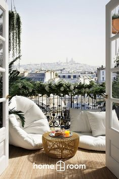 Welcome to explore our wide range of furniture, decor and lighting to the balcony, patio, garden or terrace! Ab Ins Beet, Small Balcony Decor, Sweet Home Alabama, Home Trends, House Colors, My Dream Home, Interior Inspiration, Home Remodeling, Decoration