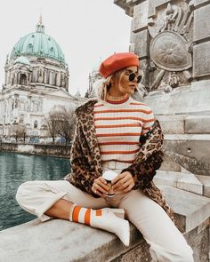 Stripes and cheetah, European fashion Source by bitbybrit Winter fashion Fashion Blogger Style, Look Fashion, Winter Fashion, Fashion Bloggers, Fashion Women, Fashion Websites, Mode Outfits, Fashion Outfits, Fashion Trends