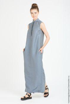 Купить или заказать Платье-рубашка от Ruzanna Gukasyan в интернет-магазине на Ярмарке Мастеров. Свободное платье-рубашка с супатной планкой на пуговицах. воротник стойка. На спинке шлица в виде сорочечной планки. В боковых швах карманы. Платье очень комфортное! Пишу с уверенностью, так как сама его с удовольствием ношу! )) Отлично смотрится как с кедами, так и с сандалиями. Состав: 100% вискоза. Возможен индивидуальный пошив из других тканей (цена договорная)!