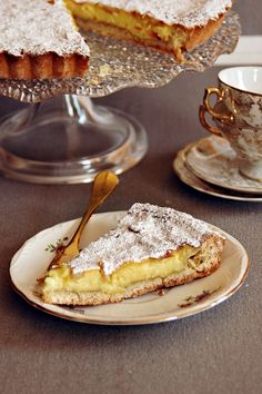 Top 10 Recipes for Traditional Italian Desserts – Top Inspired For Italians meal isn't over without dessert. If you are having pasta for lunch then delicious dessert from Italian cuisine with a cup of cappuccino is Italian Pastries, Italian Dishes, French Pastries, Italian Donuts, Köstliche Desserts, Dessert Recipes, Plated Desserts, Pastry Recipes, Bon Dessert