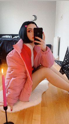 Kyary Pamyu Pamyu, Jackets, Outfits, Relax, Mirror, Wallpaper, Girls, Fashion, Marriage