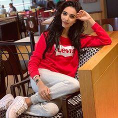 Rumena begum Rumena Begum, Gras, Insta Makeup, Youtubers, Jumper, Graphic Sweatshirt, Poses, Seasons, Sweatshirts