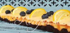 Chutý svieži Cheesecake, ktorý kombinuje sladkú chuť čokoládového korpusu so sviežou citrónovou plnkou apolevou. Na korpus potrebujete: 170g múky50g kakao70g cukru1 vajíčko125g masla izbovej teploty Na plnku: Štava z1 citróna600g jemného krémovitého syru1 vanilkový cukor100g práškového cukru2 vajíčko3PL hl. múky Na polevu: 150g pr. CukruŠtava z½ citróna Postup: Vajíčko vyšľahať scukrom do penista. Pridať maslo aprešľahať. Potom pridať múku, kakao arukami vypraco Nutella, Cheesecake, Lemon, Food, Basket, Mascarpone, Pie, Cacao Powder, Chocolate