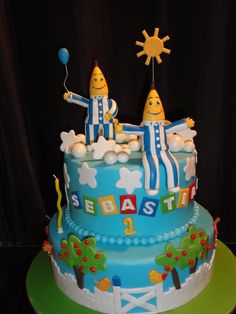 Banana's in Pajama's are coming to your party ;) Cake by SassycakesbyMel One Year Birthday Cake, Birthday Cakes, 4th Birthday, Birthday Ideas, Banana Party, Banana In Pyjamas, Pajama Birthday Parties, 2 Layer Cakes, Bananas