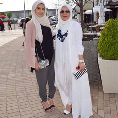 Will i ever have the courage to don all white hijab look? Cute....