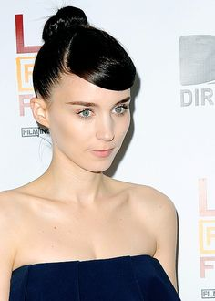 Rooney Mara - Dude, I want her skin and brows.