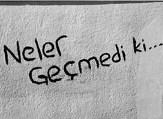 Bir karayel esti geçti ve maalesef bitti. Big Words, Cool Words, Small Letters, English Quotes, The Dreamers, Best Quotes, It Hurts, Thoughts, Motivation