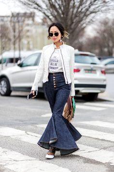Jeans que serán tendencia en 2017 (y 2018) - JEANS CON HOLANES (O CAMPANA XXL) | Galería de fotos 5 de 13 | Glamour