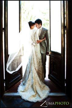 Cool wedding photo/that dress is amazing