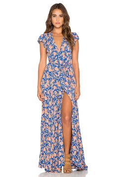 Can I pull this off?! | Tularosa Sid Wrap Dress in Navy & Peach Floral | REVOLVE