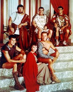"""Tony Curtis, Peter Ustinov, Jean Simmons, Laurence Olivier, Kirk Douglas and John Gavin in a publicity photograph for """"Spartacus"""" directed by Stanley Kubrick. Stanley Kubrick, Hollywood Actor, Hollywood Stars, Hollywood Couples, Vintage Hollywood, Classic Hollywood, Spartacus 1960, John Gavin, Roman Empire"""