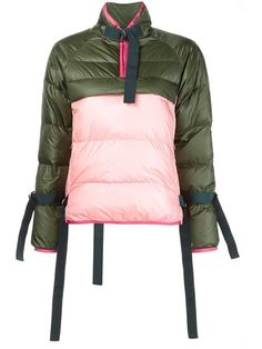The puffy coat is a mainstay in any winter wardrobe. Women's Puffer, Puffer Jackets, Outerwear Jackets, Puffer Coats, Green Puffer Jacket, Pink Jacket, Cool Coats, Field Jacket, Winter Jackets Women