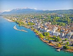 Views of Lake Geneva and the French Alps, outdoor activities, and bespoke spa packages make the Hilton Evian-les-Bains ideal for a weekend hotel getaway. Geneva Hotel, Lake Geneva, National Geographic, Selfies, Evian Les Bains, Honeymoon Registry, Switzerland Cities, La Rive, French Alps