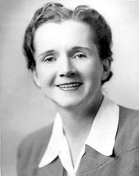 Rachel Louise Carson (27 de mayo de 1907 - 14 de abril de 1964) fue una divulgadora estadounidense que, a través de la publicación de Primavera silenciosa en 1962, contribuyó a la puesta en marcha de la moderna conciencia ambiental.