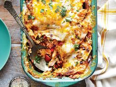King Ranch Chicken - January 2016 Recipes - Southern Living - Recipe: King Ranch Chicken Hailing from an era when casseroles were king, this Tex-Mex dish still reigns supreme at everything from family dinners to church suppers and neighborhood potlucks. King Ranch Chicken Casserole, Ranch Chicken Recipes, Chicken Ideas, Recipe Chicken, Recipe Pasta, One Dish Dinners, Yum Yum Chicken, Southern Recipes, Casserole Recipes