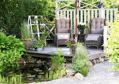 Pihan pintamateriaalit vaikuttavat suuresti pihan tyyliin ja tunnelmaan. Katso Viherpihan inspiroivat ideat! Outdoor Furniture Sets, Outdoor Decor, Water Garden, Outdoor Living, Pergola, Patio, Landscape, Beautiful, Landscaping Ideas