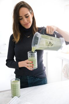 My Miracle De-Bloating and Skin-Clearing Smoothie | Front Roe by Louise Roe