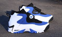 Nike air mission worn by Junior Seau. Lumberjack Boots, Nike Kicks, Groom Shoes, Sports Footwear, Air Jordan, Lit Shoes, Afro, Classic Sneakers, Nike Air Huarache
