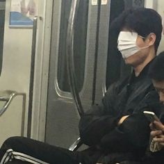 Images and videos of ulzzang funny Aesthetic Grunge, Aesthetic Photo, Aesthetic Pictures, Stupid Memes, Funny Memes, True Memes, Cat Memes, Reaction Pictures, Funny Pictures