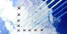 @WestonSeafront @rafredarrows perfect 90 degree formation #WsMAirFest @RAFRed1 Dj House, House Music, Andrew Jones, Airplane Crafts, Air Festival, Arrows, Airplanes, Red, Planes