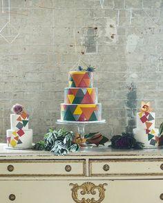 Un mariage géométrique coloré