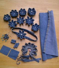Most recent No Cost RECYCLE - Jeans YP-Kanzashi craft Haarbänder-Hair. And a lot more I like to sew my very own Jeans. Next Jeans Sew Along I am go Jean Crafts, Denim Crafts, Denim Flowers, Fabric Flowers, Fabric Crafts, Sewing Crafts, Sewing Projects, Diy Hair Accessories, Fabric Jewelry