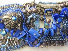 Detail of neckpiece by Wendy Seaward - Intuitive Beadweaving