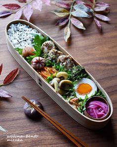 【柴田慶信商店】長手弁当箱 - 1ページ目14 - ヲトナベントー Japanese Lunch Box, Japanese Food, Cake Birthday, Bento Box, Lunch Ideas, Food Art, Delicious Food, Vegetarian Recipes, Cooking