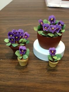 https/drorasminimundo.blogspot.com: Pansies tutorial