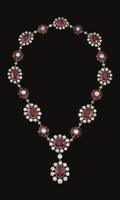 countess of granard's diamond & emerald necklace | PROPERTY OF AN ITALIAN NOBLE FAMILY RUBY AND DIAMOND NECKLACE