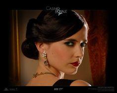 When Eva Green wore in Casino Royale 007 James Bond Movie. Eva Green Casino Royale, Short Sassy Hair, Short Hair Cuts, Short Hair Styles, Skyfall, Eva Green Wallpaper, Au Hasard Balthazar, James Bond Girls, Actress Eva Green