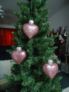 Set of 3 Rose Glass Heart Christmas Tree by CraftsbyCummins