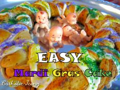 How to make super fast and easy King's Cake for Mardi Gras. All you need is canned cinnamon rolls!