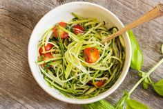Healthy Gluten Free Recipes, Low Carb Recipes, Slimming Recipes, Pizza Au Four, Cold Pasta Dishes, Pasta Substitute, Pasta Alternative, Low Carb Diet, Summer Salads