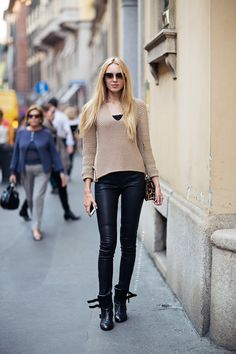Love this simple street style
