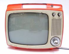 http://davewirth.blogspot.com/2012/05/watch-free-tv-online-top-10-free-tv.html View absolutely free broadcasts using the internet below. Connects and classes about how to pay attention to cable connection movies on tv through the web.