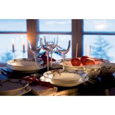 Star Fluted Christmas Dinnerware |Royal Copenhagen | Gracious Style