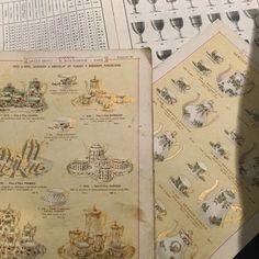 食器のカタログ 繊細なクロモリトグラフが美しい紙もののスイッチが入ってしまった  #papier #vieuxpapier #france #catalogue #assiettes #古い紙もの #紙ものマニア #フランスアンティーク #古いカタログ #食器カタログ #gallery壹 #galleryichi