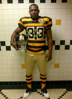 Pittsburgh Steelers Throwback Uniform. sportslogos.net Football Uniforms ecc740c49
