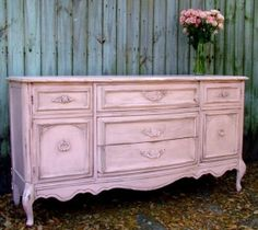 pink distressed....yes!
