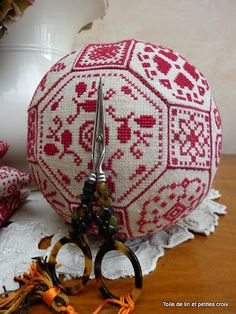 Toile de lin et petites croix: Quaker ball