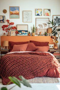 Creating a Bedroom Sanctuary with Target's Casaluna | Justina Blakeney Decoration Bedroom, Home Decor Bedroom, Bedroom Ideas, Bedroom Hacks, Bedroom Colors, Deco Cool, Deco Studio, Bedroom Sanctuary, Justina Blakeney