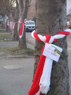 Закичени дървета с мартеници и благопожелания Baba Marta, My Heritage, Self Confidence, Christmas Stockings, Craft Projects, March, Bulgarian, Holiday Decor, Spring