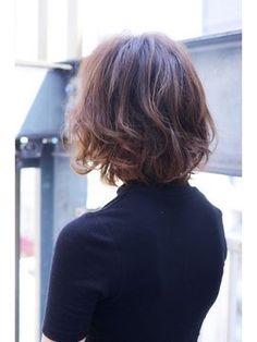 秋冬にオススメな大人カジュアルボブ - 24時間いつでもWEB予約OK!ヘアスタイル10万点以上掲載!お気に入りの髪型、人気のヘアスタイルを探すならKirei Style[キレイスタイル]で。