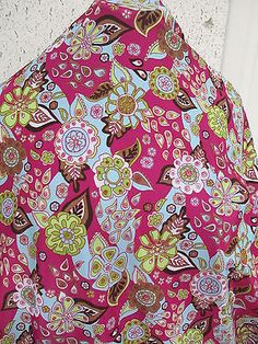 1 YD GOOD WEIGHT  PRINTED NYLON LYCRA SPANDEX PRINT MADE IN THE USA h1