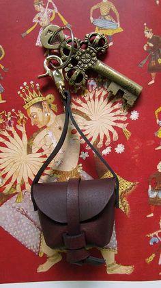 Copy of Candy Mini Stella, Chiaroscuro, India, Pure Leather, Handbag, Bag, Workshop Made, Leather, Bags, Handmade, Artisanal, Leather Work, Leather Workshop, Fashion, Women's Fashion, Women's Accessories, Accessories, Handcrafted, Made In India, Chiaroscuro Bags - 3