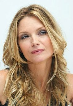 Michelle Pfeiffer Pictures - Rotten Tomatoes