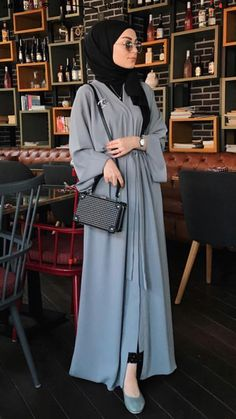 hijab modern - Hijab Source by outfits hijab Modest Fashion Hijab, Hijab Style Dress, Modern Hijab Fashion, Street Hijab Fashion, Tokyo Street Fashion, Hijab Fashion Inspiration, Islamic Fashion, Abaya Fashion, Hijab Outfit